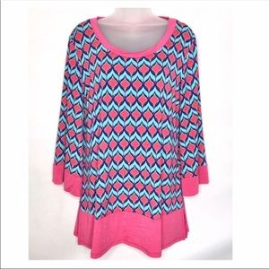 2B Together Women Small Chevron Bell Sleeve Tunic
